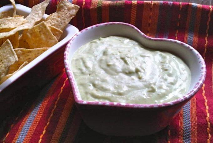 Herdez-Tomatillo-Verde-Creamy-Salsa