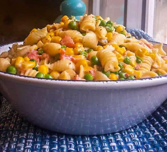 Creamy Corn Peas and Pasta