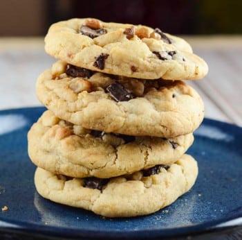 Dark Chocolate Chunk Walnut Cookies