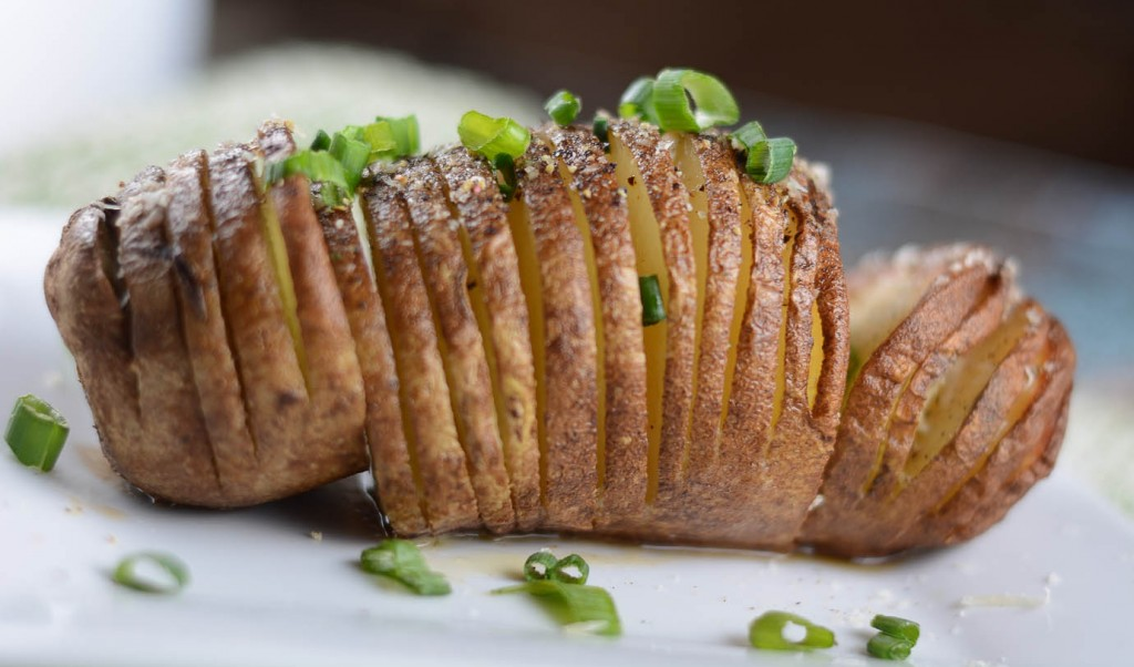 Hasselback Potatoes With Spinach Cashew Pesto Recipe — Dishmaps