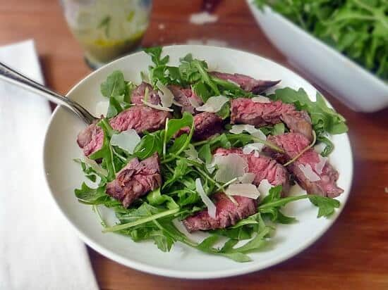 grilled-steak-with-arugula-salad-
