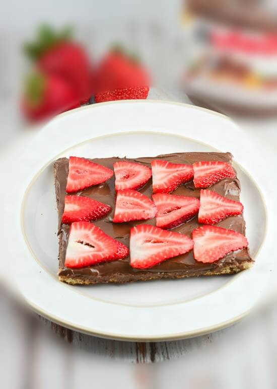 Strawberry Nutella Pizza-Blurred.jpg