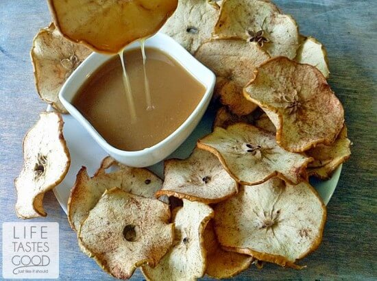 apple-chips-with-salted-caramel-h853