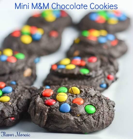 Mini-M&M Chocolate Cookies