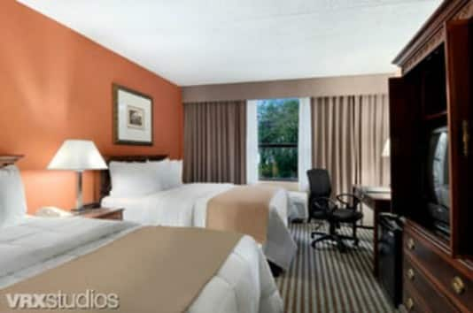 Best-Western-Dallas_Guest_Room___P