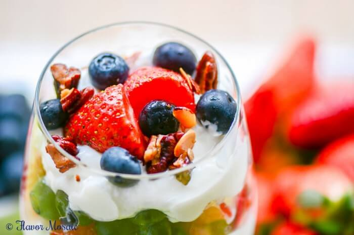 Strawberry Blueberry Yogurt Parfaits