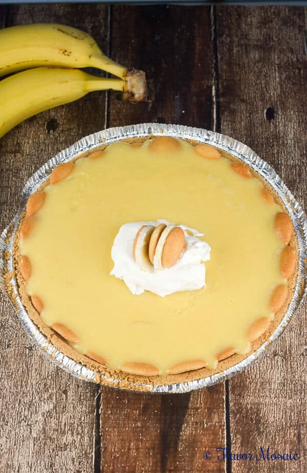 Easy No Bake Banana Pudding Cream Pie Recipe
