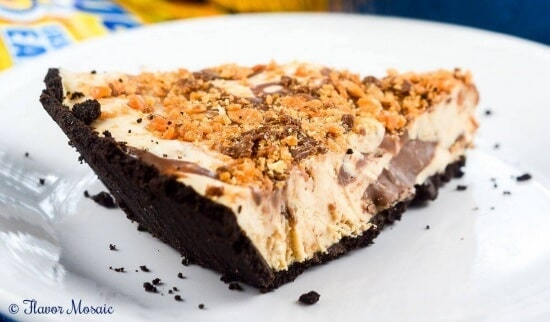 No Bake Peanut Butter Butterfinger Pie with Nutella