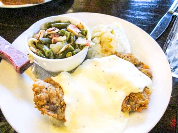 Chicken-Fried-Steak-The-Republic-Grille-The-Woodlands-TX