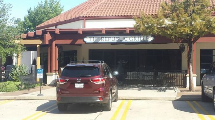 The-Republic-Grille-Restaurant-The-Woodlands-TX