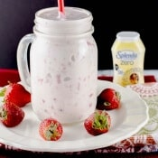 Strawberry Banana Smoothie (with Vanilla Greek Yogurt)
