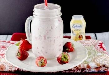 Strawberry Banana Yogurt with Vanilla Greek Yogurt