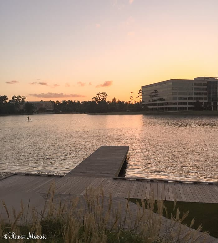 Houston Food Guide - Sunset over Lake Woodlands