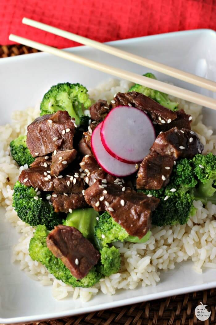 slow cooker beef and broccoli hero