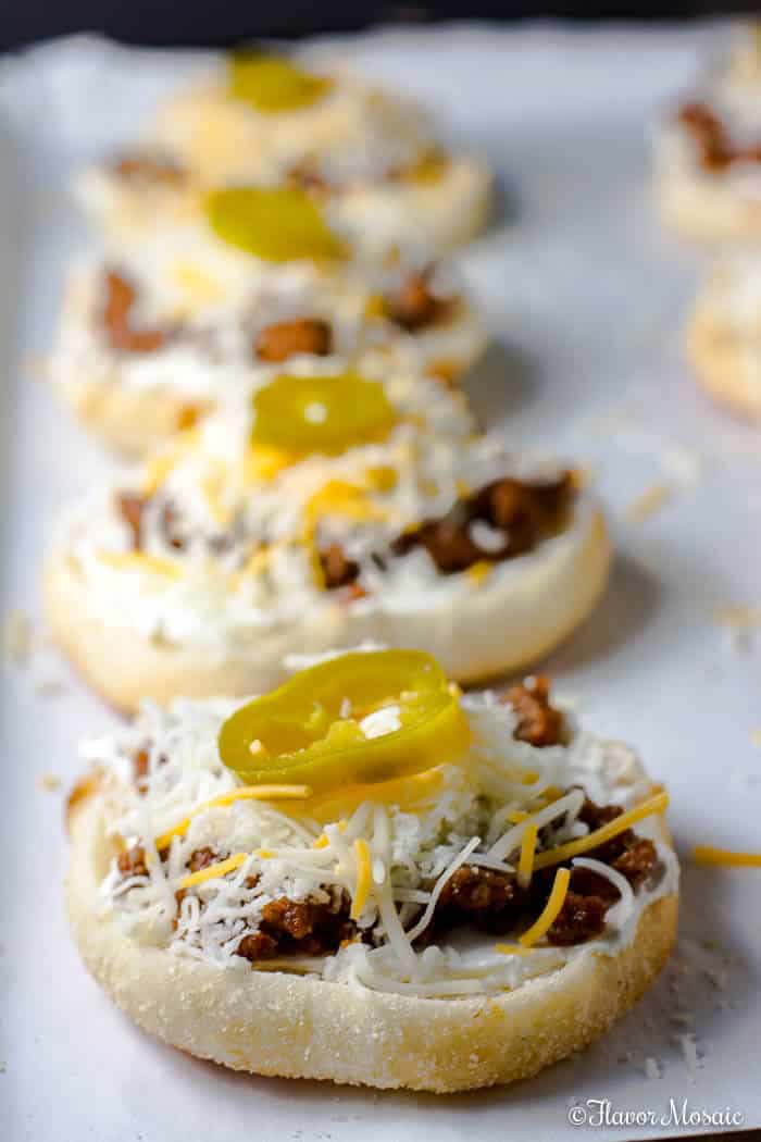 Jalapeno Popper Cheeseburger Mini Pizzas
