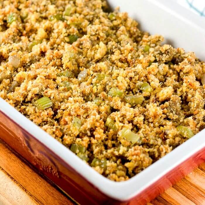Easy Cornbread Dressing