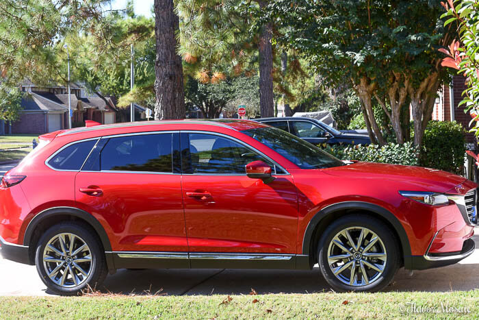 Mazda CX-9 to deliver gifts