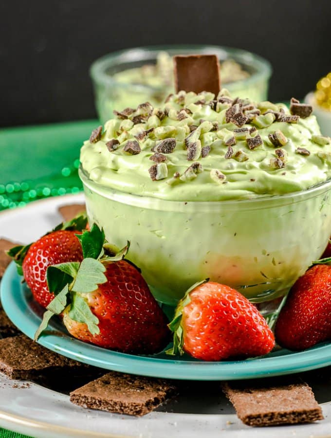 Mint Chocolate Cheesecake Dip