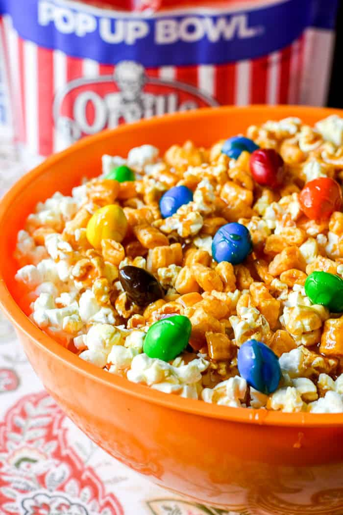 Sticky Wonder Popcorn Snack Mix