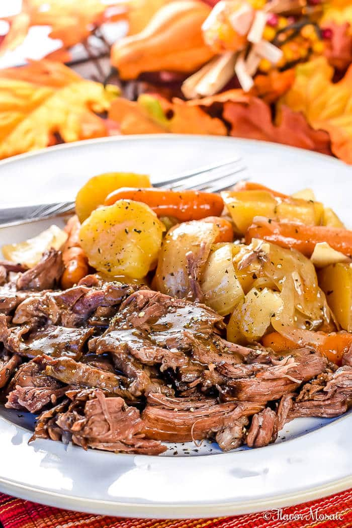 Tender Slow Cooker Chuck Roast Crockpot Recipe Flavor Mosaic