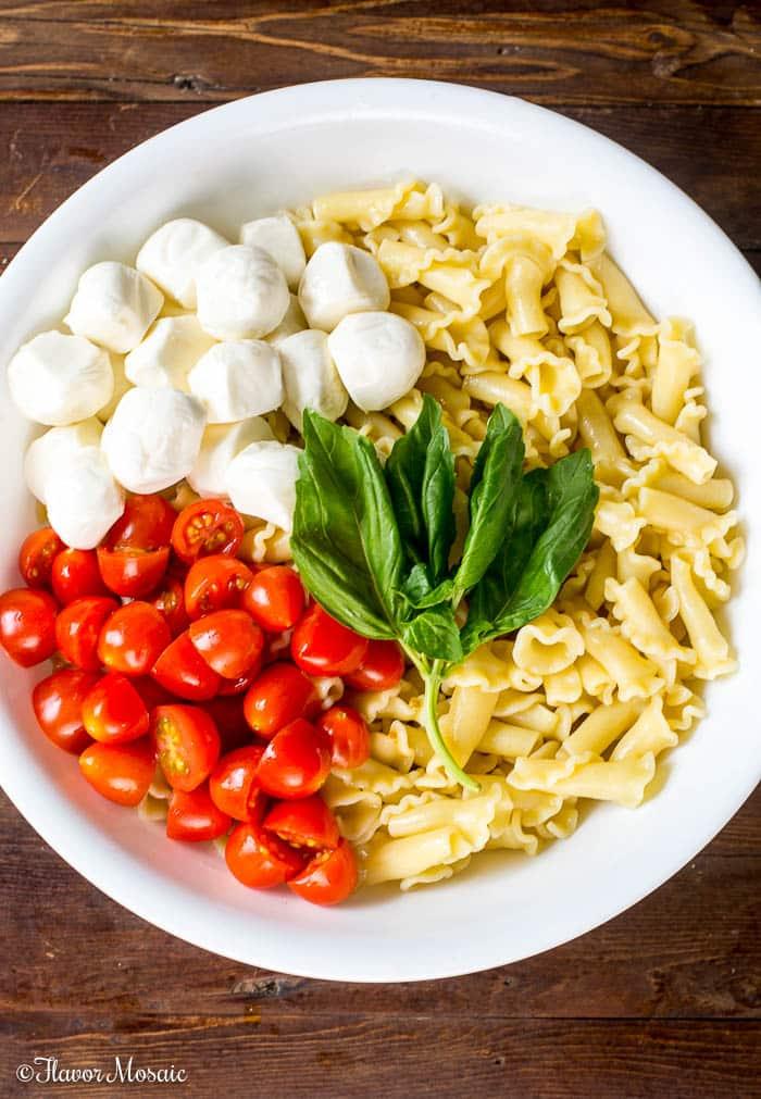 Caprese Pasta Salad Recipe with a Balsamic Glaze