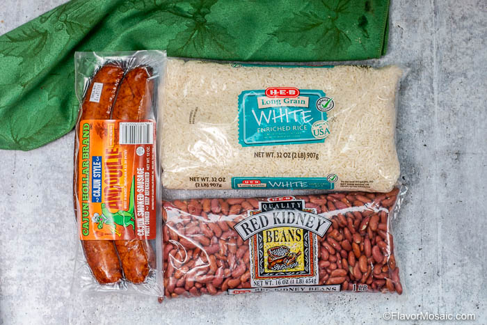Photo of 3 ingredients of Instant pot Red Beans and Rice - Andouille Sausage, white rice, adn red beans