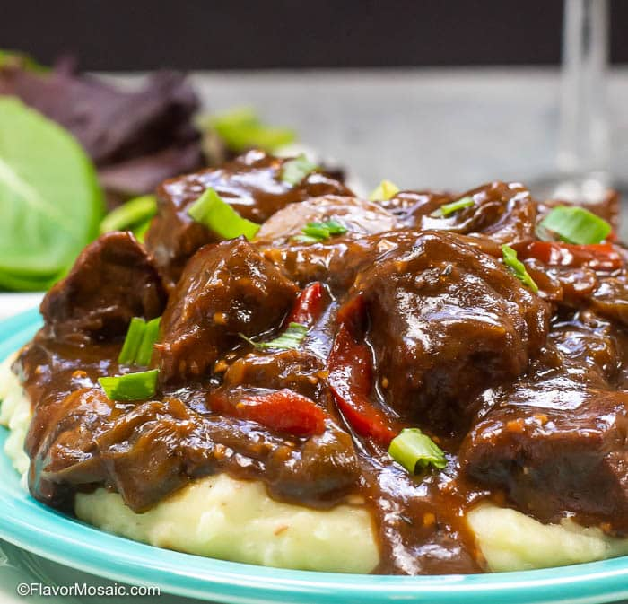 Instant pot Beef Tips And Gravy-15