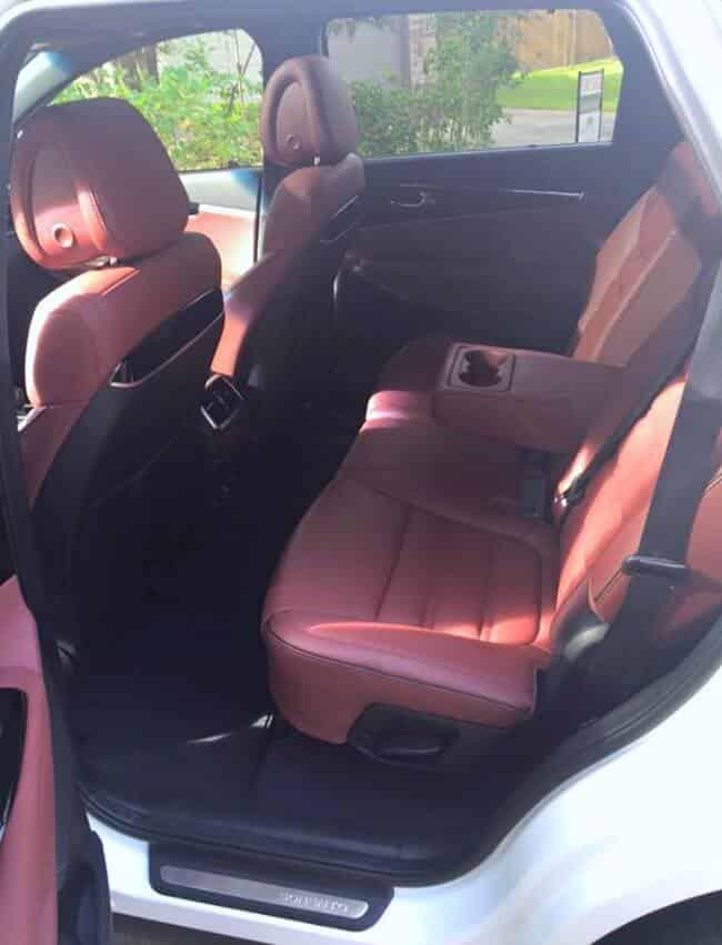 2016 Kia Sorento AWD back seat interior